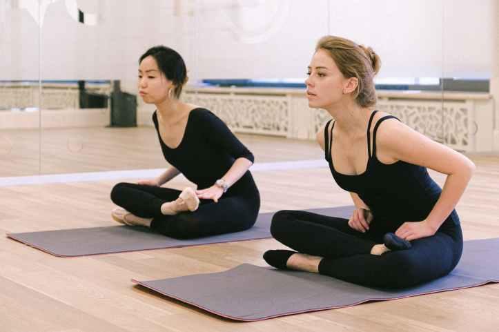 femmes fitness formation yoga