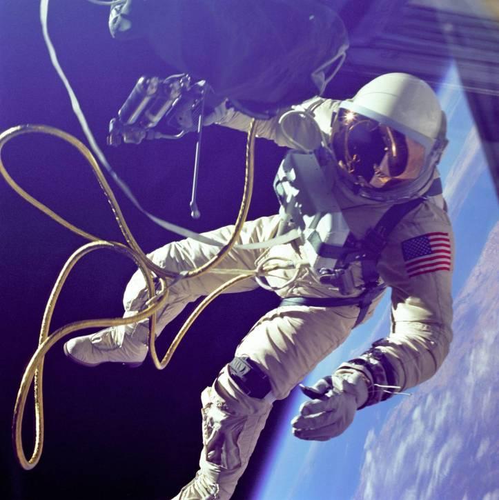 astronaute astronomie cosmonaute espace
