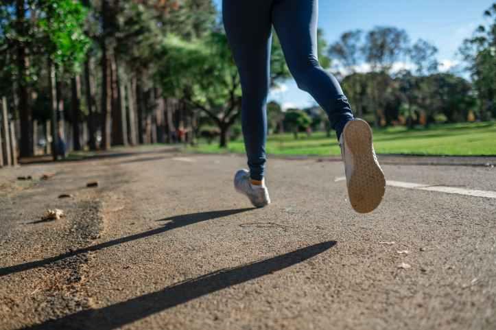 route pieds jogging course a pied