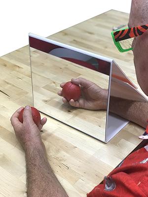 noi-mirror-box-reflection-400