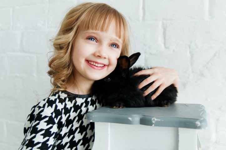 girl tenue lapin noir